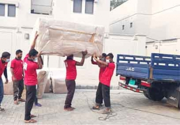 House movers in Dhaka